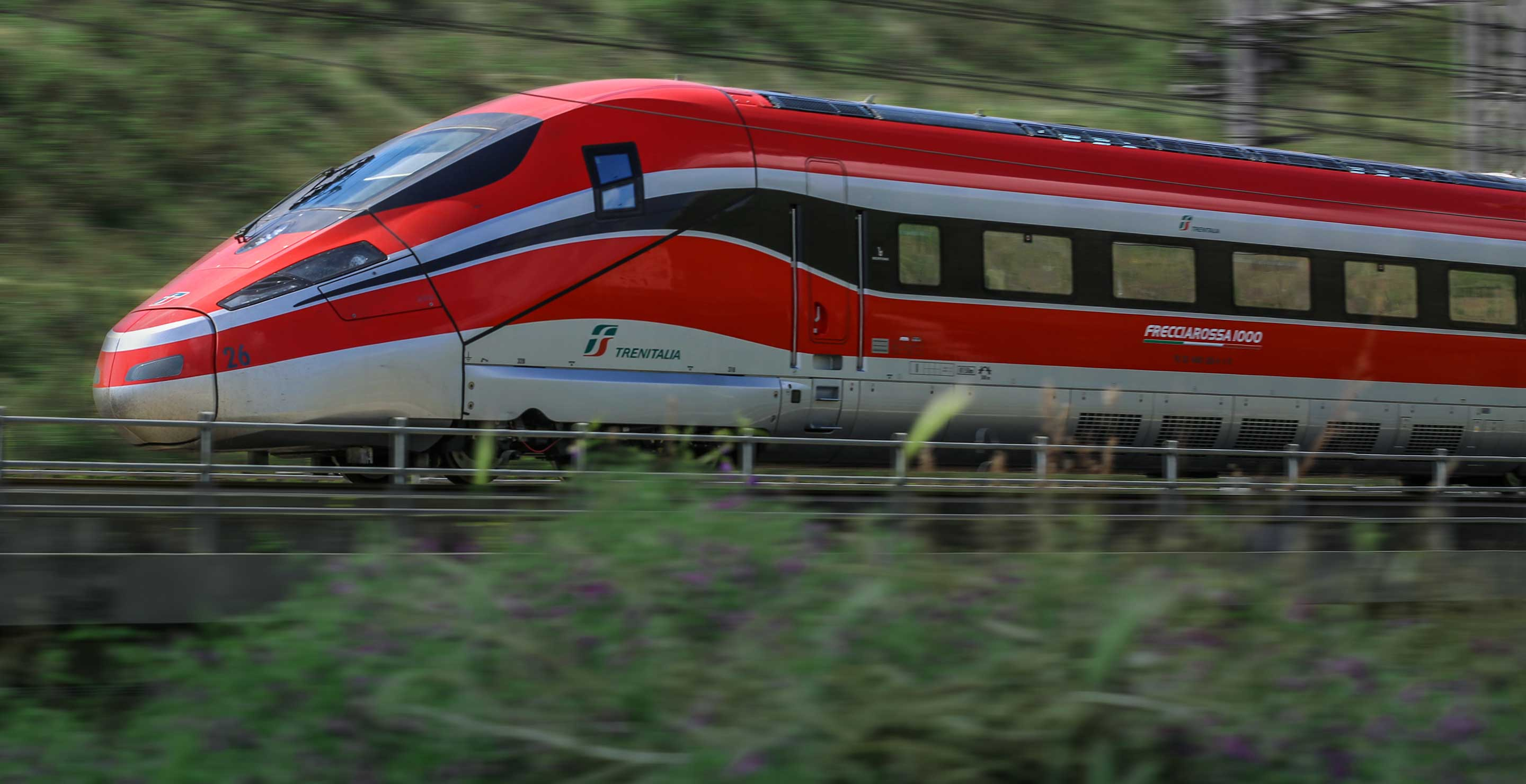 Frecciarossa 1000 train